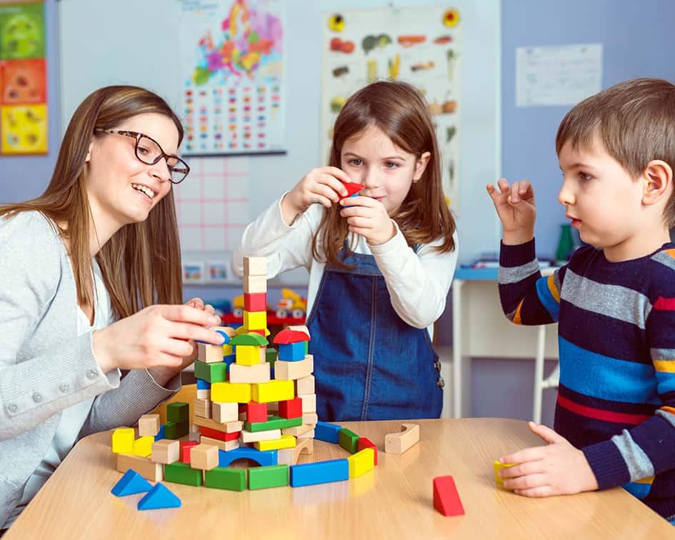 Estudiar el curso de Auxiliar de Jardín de Infancia