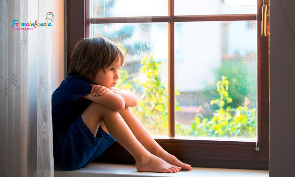 El apego evitativo y sus consecuencias en la infancia y en la edad adulta
