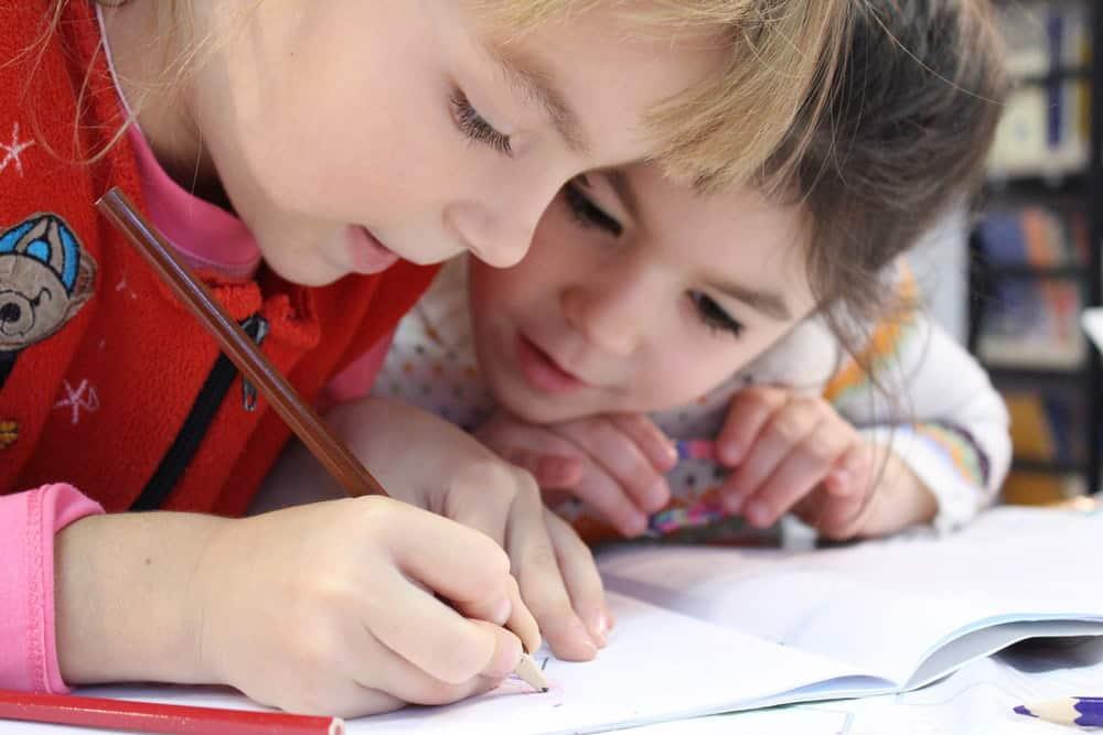 Te explicamos la importancia de fomentar el compañerismo durante la infancia