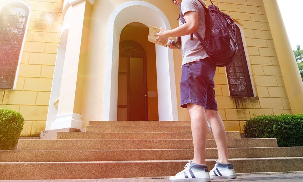 Analizamos qué ventajas y desventajas tienen los internados para niños rebeldes
