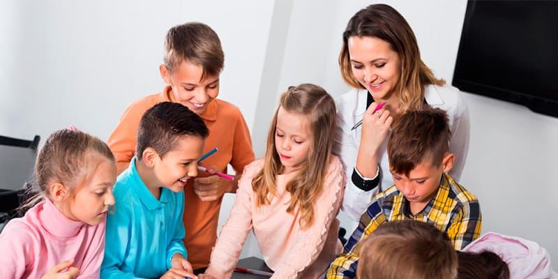 Con la formación del Título de Monitor de Tiempo Libre podrás ejercer como profesional del sector del ocio infantil y juvenil